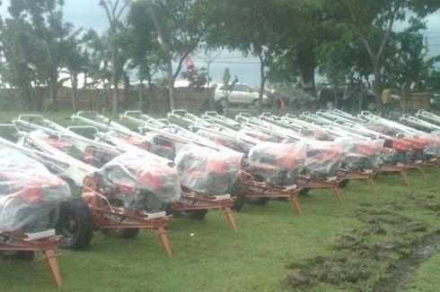 Petani Jawa Timur Dapat Bantuan 852 Traktor Tangan dari Pemerintah