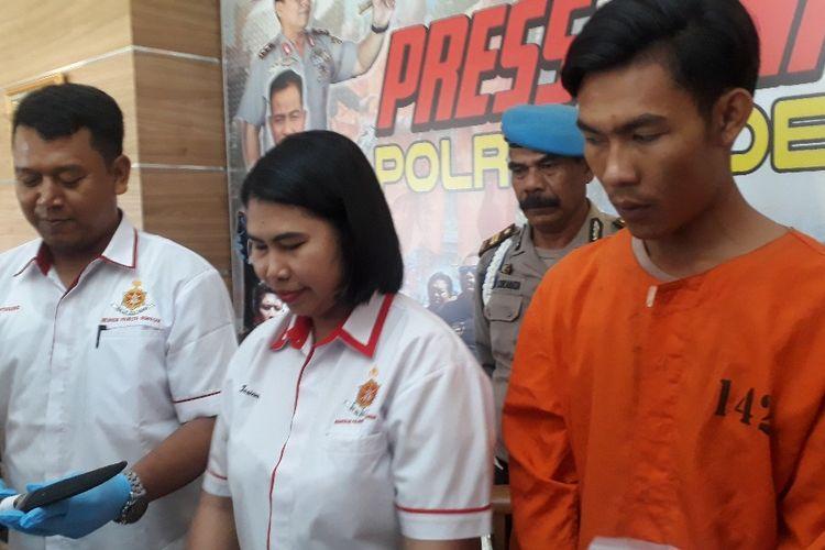 Pelaku penusukan, I Ketut Gede Ariasta (23) di Mapolresta Denpasar, Selasa (22/10/2019).