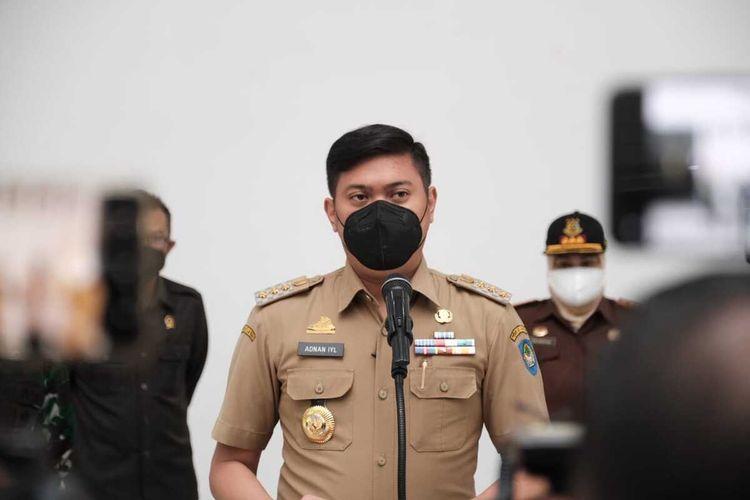 Bupati Kabupaten Gowa, Sulawesi Selatan tengah mengumumkan perpanjanhan PPKM hingga ke level 3 guna menekan penyebaran covid-19. Senin, (26/7/2021)