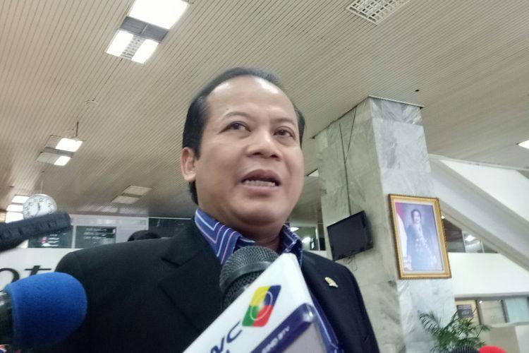 Wakil Ketua DPR Taufik Kurniawan di Kompleks Parlemen, Senayan, Jakarta