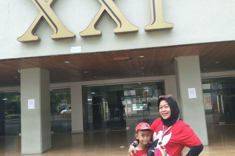 Aci, pelanggan setia XXI Taman Ismail Marzuki, Cikini, Jakarta Pusat, Senin (19/8/2019).