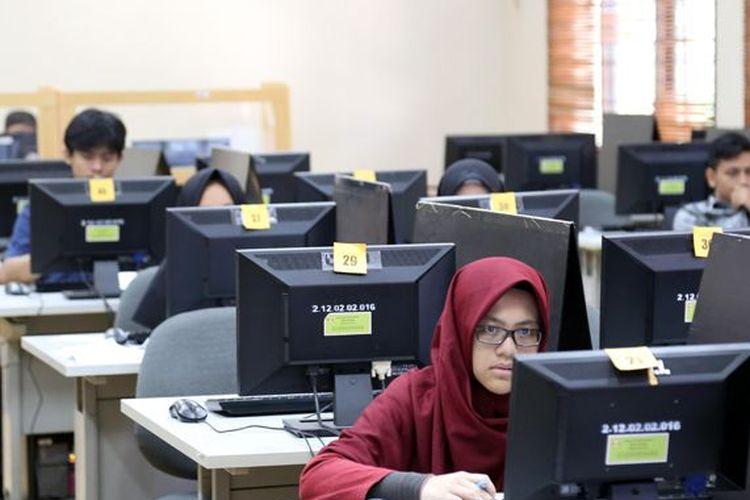 Universitas Padjadjaran (Unpad) selaku koordinator implementasi Ujian Tulis Berbasis Komputer menyatakan siap untuk memfasilitasi kelancaran ujian tersebut.