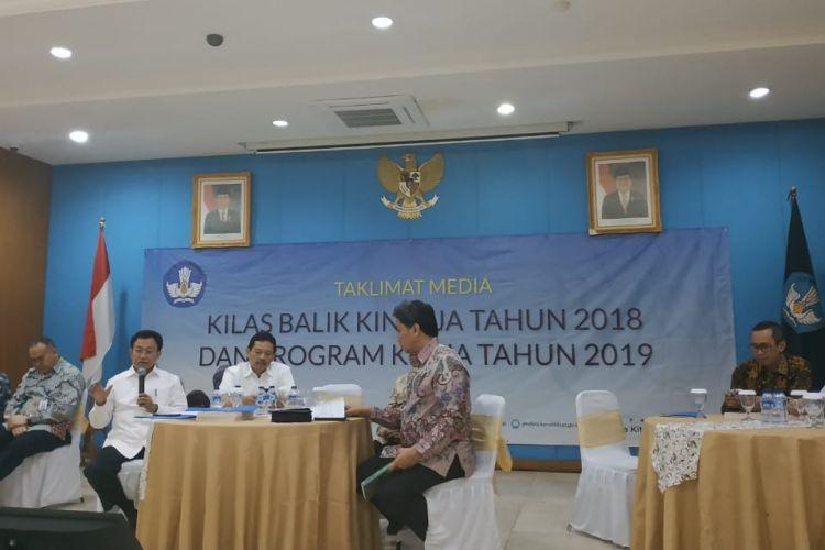 Dirjen Dikdasmen Hamid Muhammad, saat Taklimat Media di Kantor Kemendikbud, Jakarta, Kamis (27/12/2018).