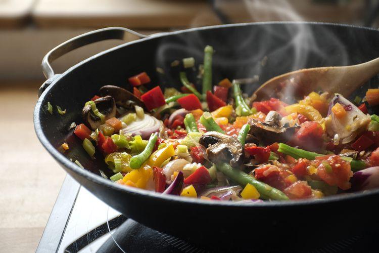Ilustrasi memasak sayuran