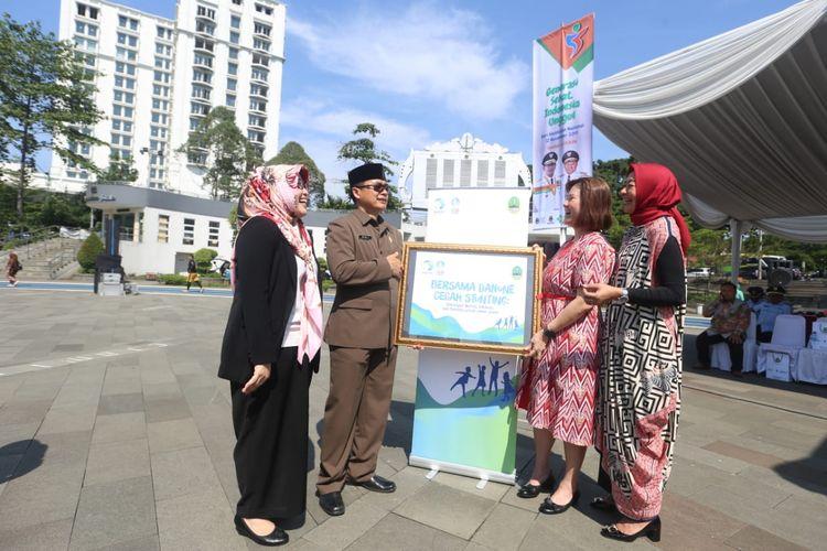Pemerintah Provinsi Jawa Barat bekerjasama dengan perusahaan untuk menekan angka stunting di Jabar dengan tiga strategi utama.