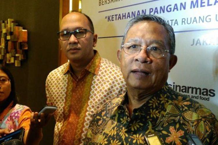 Menteri Koordinator Bidang Perekonomian Darmin Nasution dalam acara Rakornas Kadin di Hotel Pullman Jakarta, Senin (28/11/2016).
