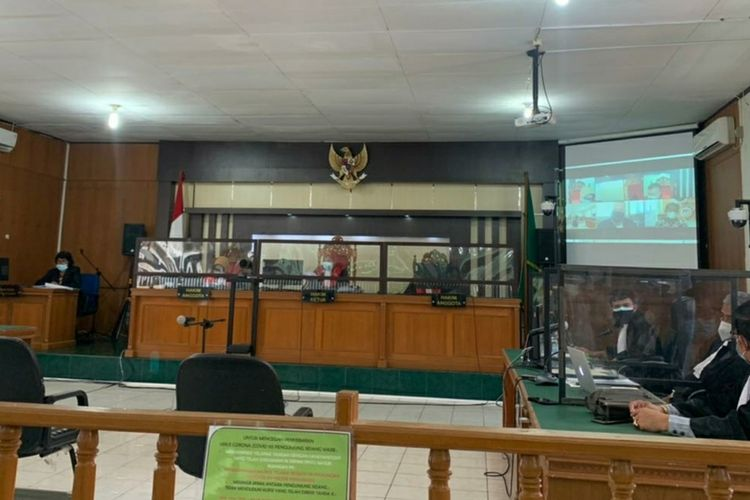 Sidang vonis kasus dugaan korupsi dengan terdakwa Yan Prana Jaya selaku mantan Sekda Riau di Pengadilan Tipikor Pekanbaru, Riau, Kamis (29/7/2021).