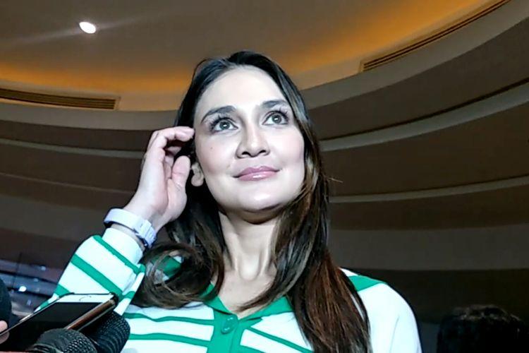Artis peran Luna Maya saat ditemui di XXI Plaza Indonesia, Tanah Abang, Jakarta Pusat, Rabu (29/5/2019).