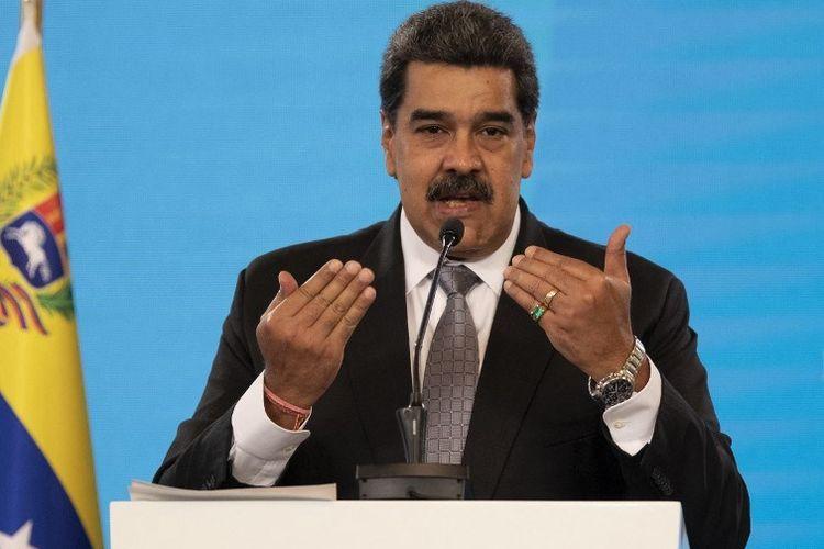 Presiden Venezuela Nicolas Maduro dalam konferensi pers di Istana Kepresidenan Miraflores di Caracas menjelaskan kampanye vaksinasi terhadap Covid-19 setelah kedatangan 100.000 dosis pertama vaksin Sputnik V Rusia.