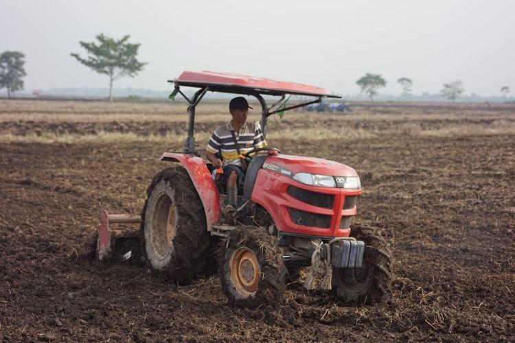 Alat mesin pertanian (Alsintan)