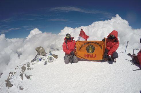 Impala Universitas Brawijaya Kibarkan Merah Putih di Puncak Elbrus