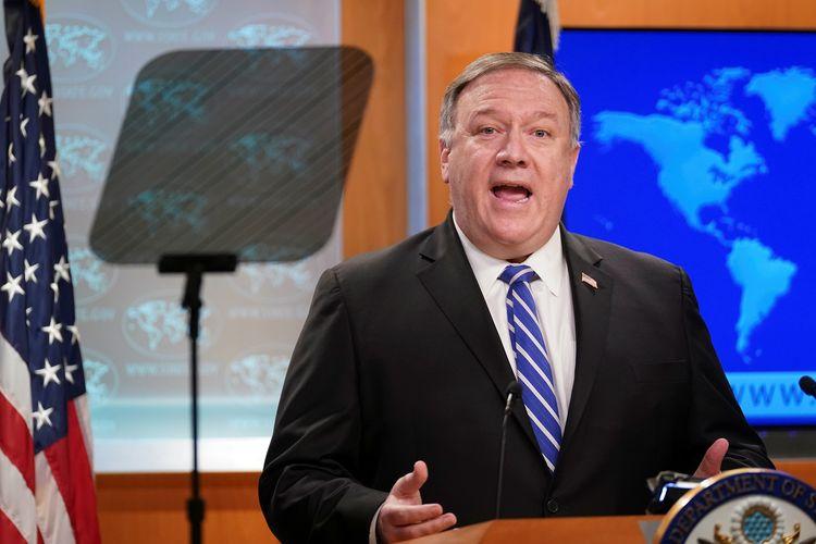 Menteri Luar Negeri AS Mike Pompeo saat berbicara di briefing virus corona, yang digelar di Departemen Luar Negeri Amerika Serikat, Washington DC, 6 Mei 2020.