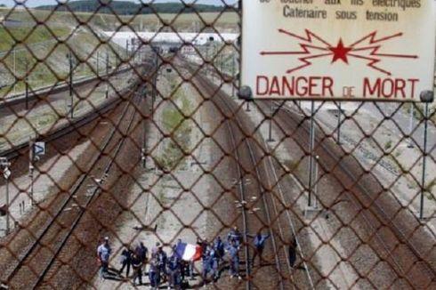 Inggris dan Perancis Berupaya Blokir Migran yang Lewati Eurotunnel