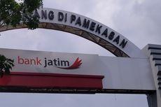 Jadi Tersangka Penggelapan Uang Nasabah, Kepala Unit Bank Jatim Ditahan