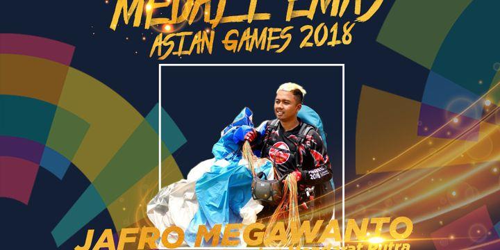 Jafro Megawanto meraih medali emas pada nomor indvidu ketepatan mendarat putra (Bogor, 23 Agustus 2018).