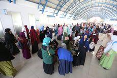 Sejumlah Perempuan Massa Aksi 299 Kumpul di Stasiun Palmerah, lalu Jalan ke Gedung MPR/DPR