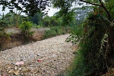 Setiap Hari, 10 Truk Dikerahkan Untuk Angkut Sampah di Kali Jambe