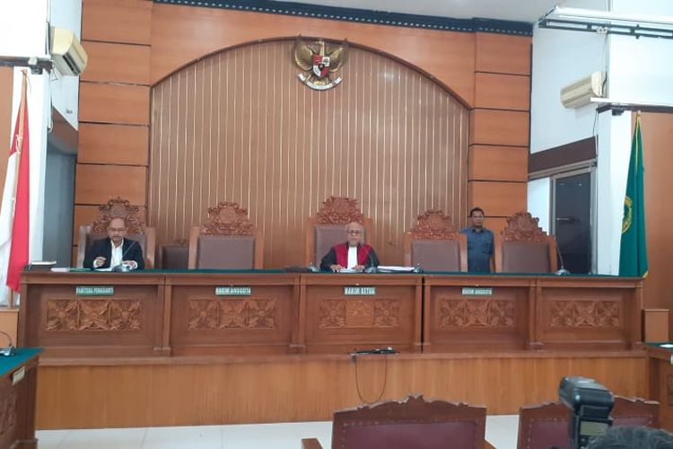 Sidang putusan praperadilan Kivlan Zen di Pengadilan Negeri Jakarta Selatan, Selasa (30/72019)