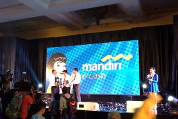 Peluncuran Bank Mandiri e-Cash di Jakarta, Selasa (20/5/2014)