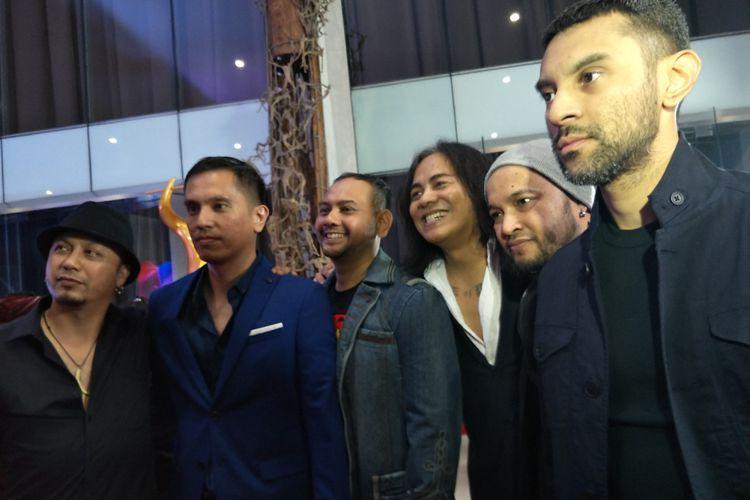 Grup band Element Reunion di Malam Puncak Anugerah Musik Indonesia (AMI) 2018 yang digelar di Ecovention Ancol, Jakarta Utara, Rabu (26/9/2018).