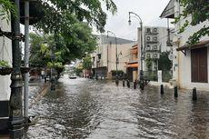 Sejumlah Ruas Jalan di Semarang Masih Terendam Banjir