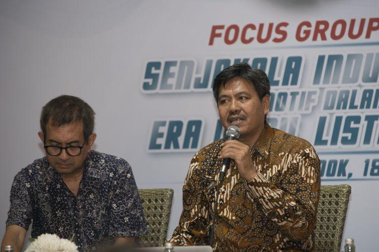 Putu Juli Ardika, Direktur Industri Maritim, Alat Transportasi, dan Alat Pertahanan Ditjen ILMATE Kemenperin (kanan) bersama Agus Pambagio, pengamat kebijakan publik dalam diskusi di Jakarta, Rabu (18/7/2018).