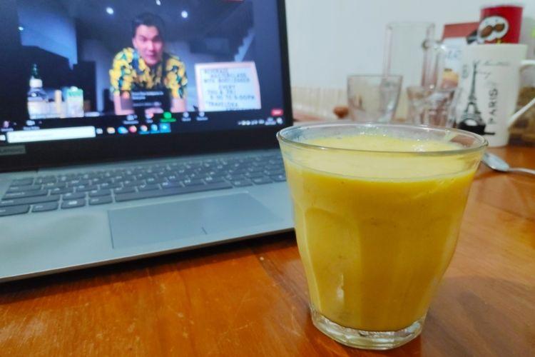 Hasil minuman dari kelas membuat mocktail di Traveloka Online Xperience.