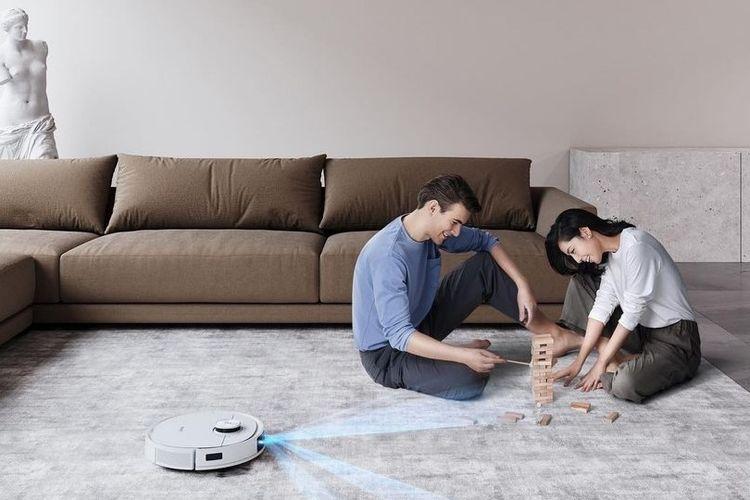 Robot vacuum Deebot T9 dari Ecovacs.