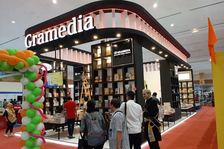 Toko Buku Gramedia sebagai salah satu peserta dalam Indonesia International Book Fair (IIBF) 2019 di Hall A Balai Sidang Jakarta Convention Center, Jakarta, pada 4 sampai 8 September 2019.