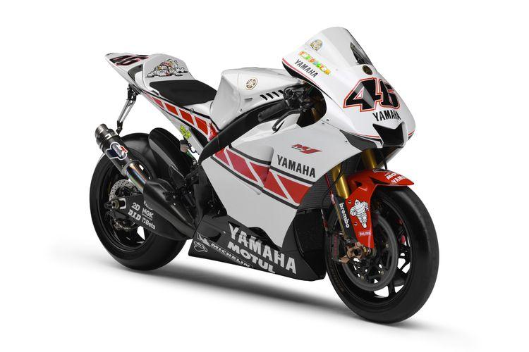 Livery spesial YZR-M1 dengan motif Speed Block untuk merayakan ulang tahun Yamaha ke-50