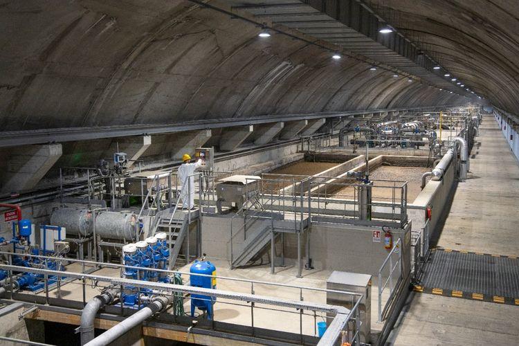 Smart water management dari Schneider Electric.