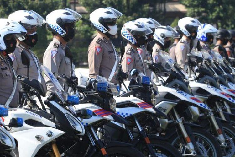 Polda Jatim laksanakan apel Gelar Pasukan Operasi Patuh Semeru 2021 di lapangan Mapolda Jawa Timur, Senin (20/9/2021).