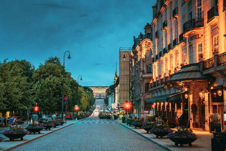 Ilustrasi suasana senja musim panas di Oslo. Norwegia. Negara ini punya durasi puasa terlama yaitu sekitar 20 jam.