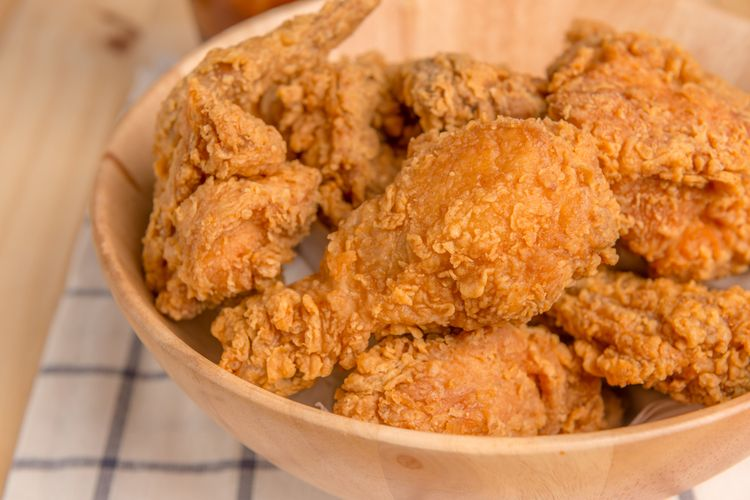 Ilustrasi fried chicken atau ayam goreng tepung.