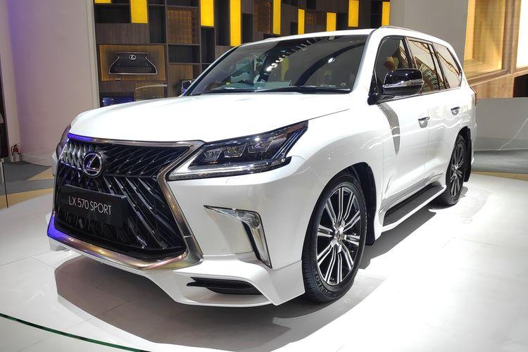Lexus LX 570 di GIIAS 2019