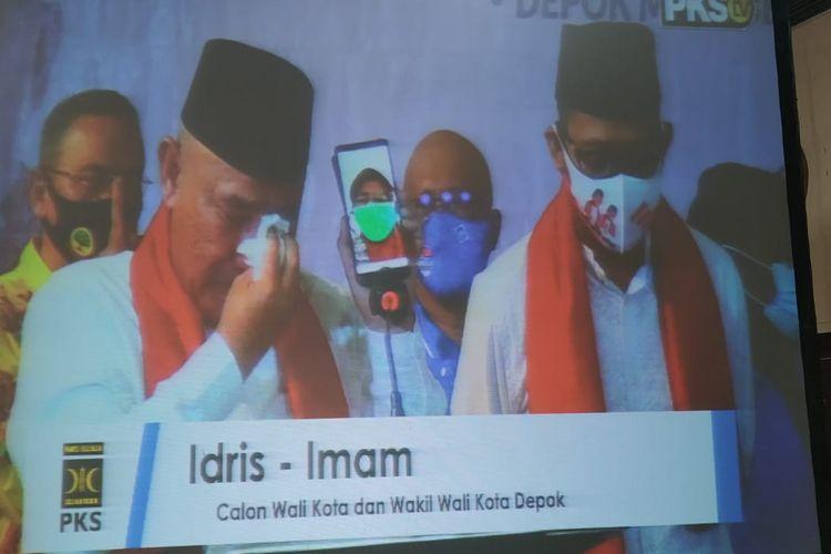 Dalam deklarasi di Hotel Bumi Wiyata, Jumat (4/9/2020), bakal calon wali kota Depok, Mohammad Idris berurai air mata ketika menghubungi istrinya, Elly Faridayang saat ini dirawat di rumah sakit karena mengidap Covid-19.