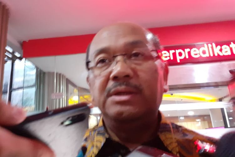 Kuasa hukum Komisaris Utama PT Trada Alam Minera Heru Hidayat, Soesilo Aribowo, di Gedung Bundar, Jakarta Selatan, Selasa (21/1/2020).