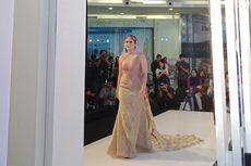 Jadi 'Muse', Wulan Guritno Tampil Anggun dengan Gaun Rosegold