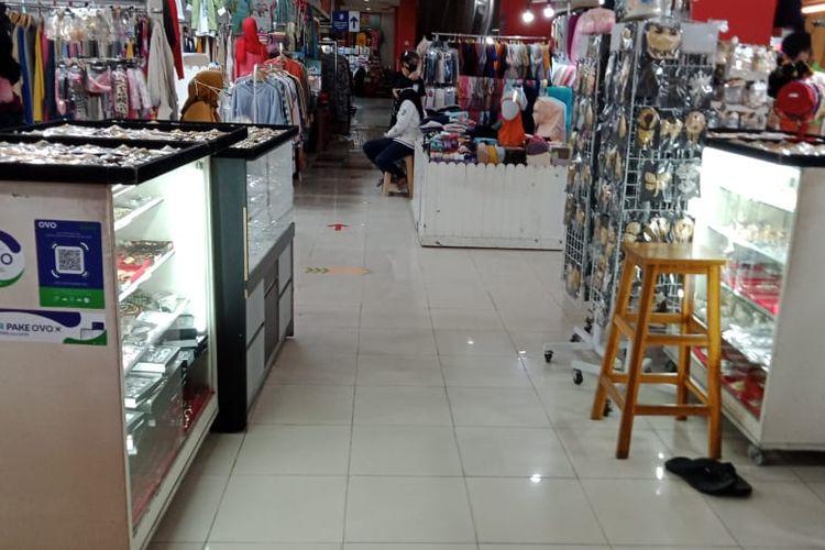 Suasana Pasar Mayestik, Kebayoran Baru, Jakarta kembali dibuka pada Jumat (18/9/2020) pagi.