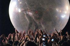 Gelar Konser Saat Pandemi Covid-19, The Flaming Lips Gunakan Balon Raksasa