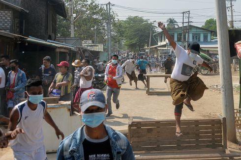 Polisi Myanmar Berjam-jam Tembaki Pedemo Anti-Kudeta Militer