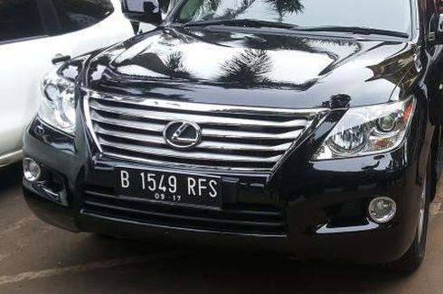 Mobil Berpelat Nomor Dewa Punya Keistimewaan di Jalan Raya?