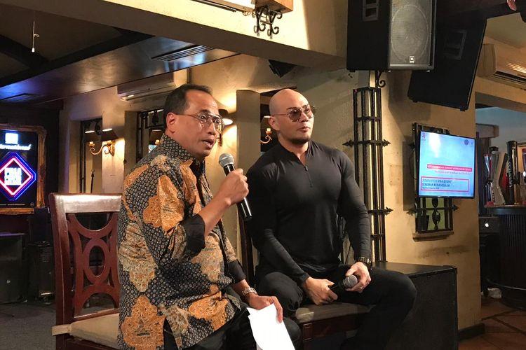 Menteri Perhubungan Budi Karya Sumadi bersama Deddy Corbuizer di Jakarta, Selasa (6/8/2019).
