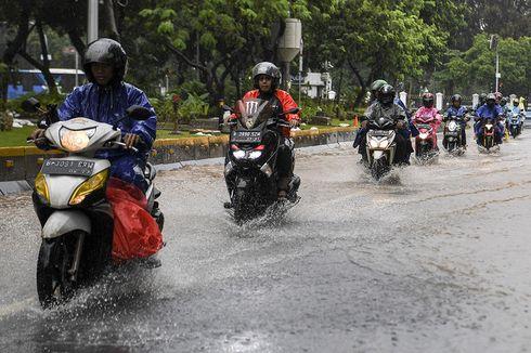 Banjir di Medan Merdeka Timur Surut, Arus Lalu Lintas Lancar