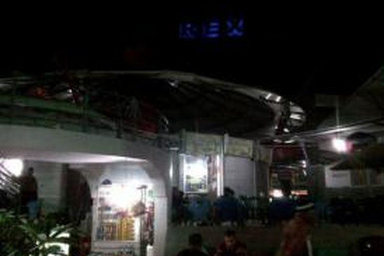 Rex Peunayong, pusat kuliner Kota Banda Aceh, yang sudah dibangun representatif oleh Pemkot Banda Aceh. Sebelum tsunami, kawasan Rex ini tertata sederhana yang dipagari gerobak-gerobak pedagang saja.