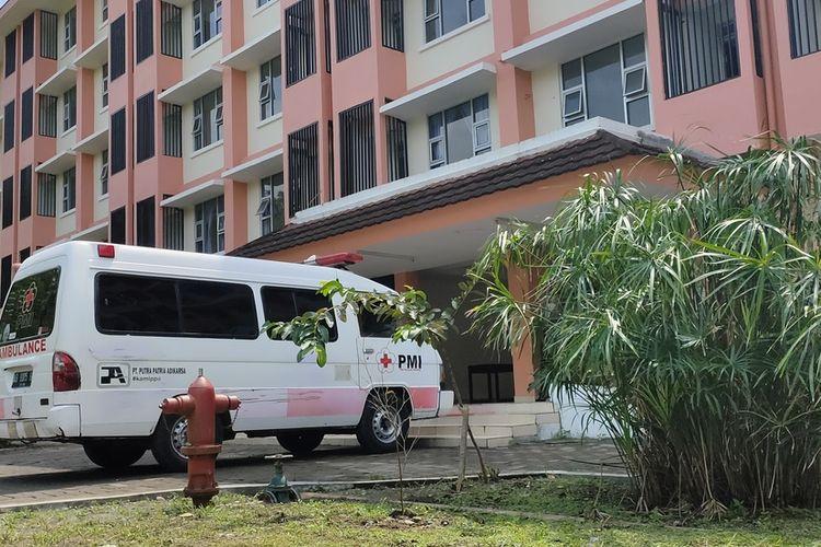 Rusunawa Giripeni, Kalurahan Giripeni, Kapanewon Wates, Kabupaten Kulon Progo, Daerah Istimewa Yogyakarta. Rusunawa ini menjadi lokasi isolasi terpadu bagi penderita Covid-19 di Kulon Progo.