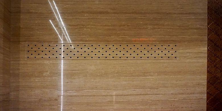 Lubang di dinding yang berfungsi mengalirkan udara.