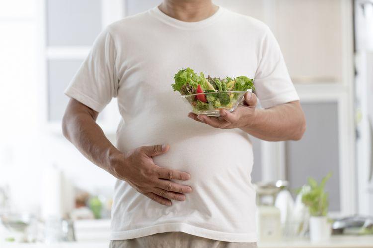 Ilustrasi makan sayur tapi masih gemuk