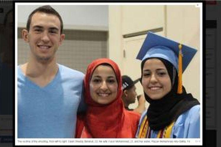 Korban penembakan di Chapel Hill, North Carolina. Dari kiri ke kanan: Deah Shaddy Barakat (23), istrinya yang bernama Yusor Mohammad (21) dan adik iparnya (adik dari istri Deah) Razan Mohammad Abu-Salha (19)