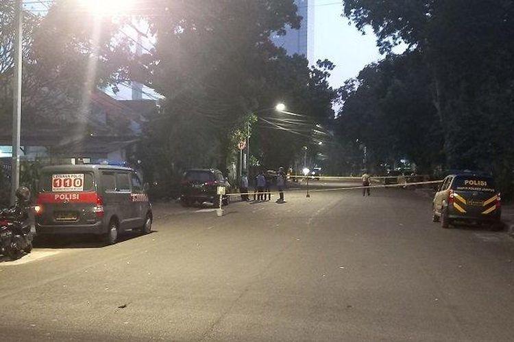 Ledakan terjadi di Jalan Yusuf Adiwinata, Kecamatan Menteng, Jakarta Pusat, Minggu (5/7/2020). Lokasi tersebut ditutup.